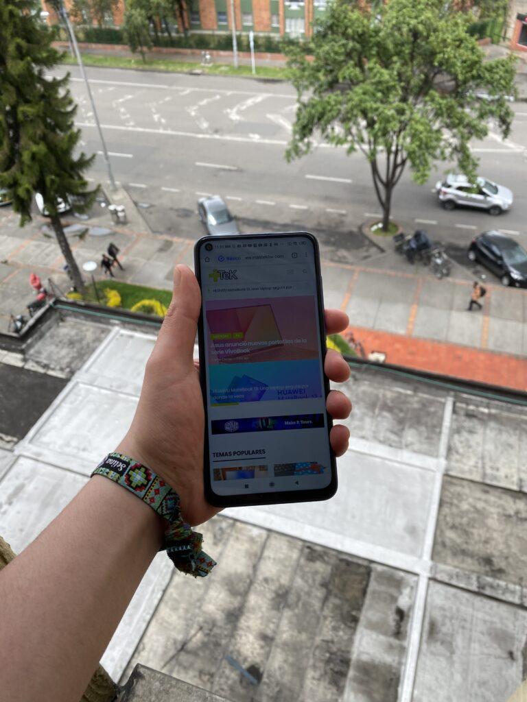 Hemos tenido la oportunidad de probar el nuevo Xiaomi Redmi Note 9 y acá podrás ver el review completo del telefonó para que no tengas dudas al comprarlo