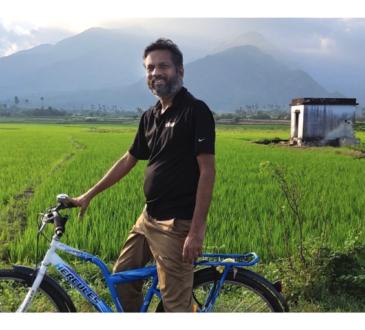 """Zoho se encuentra desarrollando el proyecto """"Villas de trabajo"""" donde tiene 200 ingenieros distribuidos en 10 aldeas de la región."""
