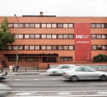 Expertos de distintas empresas se reunieron de manera virtual en la EAE On Sesion sobre 'Retos de seguridad informática para prevenir el fraude'