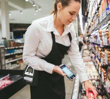 Mientras la pandemia impacta a varias empresas, otras han experimentado un crecimiento importante como las compras en línea se han vuelto más populares.