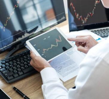 La tecnología ha jugado un papel clave en la creación y desarrollo de canales como la interacción social, el entretenimiento y la inversión en línea.