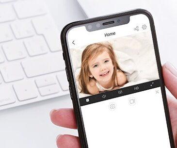 """EZVIZ pone a disposición de los padres una """"niñera virtual"""" con la cámara C6N, el equipo perfecto para poder vigilar a los niños de forma remota."""