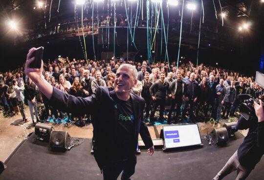 AppsFlyer anunció que Salesforce Ventures se unió a su lista de inversores en una extensión tardía de su ronda serie D de 210 millones de dólares.