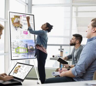 En un año lleno de retos y cambios, la digitalización parece una declaración de principios obligada para las compañías y sus colaboradores.