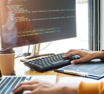 VMware anunció la disponibilidad comercial de VMware Blockchain para proporcionar una base digital en la que las empresas puedan confiar para construir redes comerciales