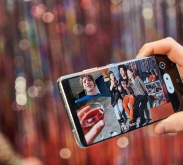 Por eso Samsung presenta algunas especificaciones de la pantalla para tener presente a la hora de escoger un Smartphone.