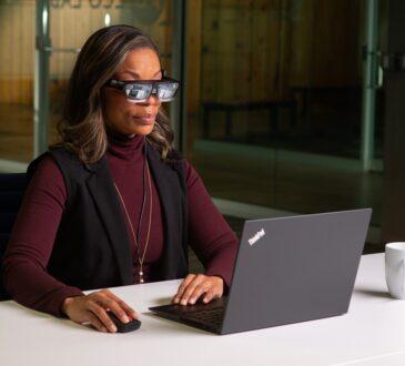 Durante el Consumer Electronics Show (CES), Lenovo presentó las gafas inteligentes livianas ThinkReality A3. Unas de las gafas inteligentes empresariales