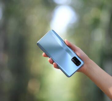 Los paneles SuperAMOLED presentes en el realme 7 Pro, al igual que el modo de Confort Visual, reducen el cansancio ocular al debilitar la intensidad de la luz azul en las pantallas.
